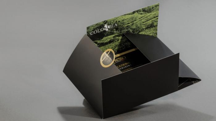 Fotolio erga ektyposeis brochures polyptyxo entypo nespresso colombia